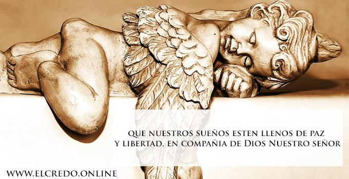 Angel orando para dormir bien